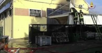 L'incendio al poligono di tiro di Portomaggiore (Fe)