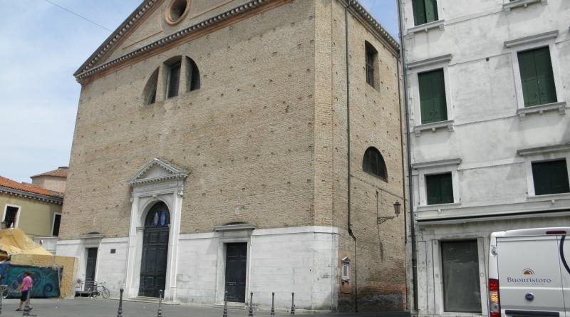 La facciata della basilica di San Giacomo