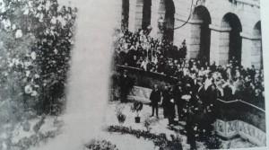 Il getto d'acqua durante l'inaugurazione dell'acquedotto