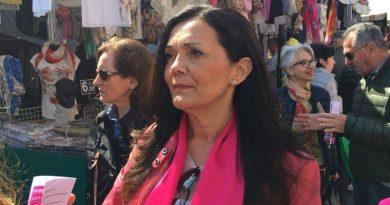 La candidata sindaco fucsia Marcellina Segantin