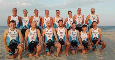 La squadra della Delfino Triathlon