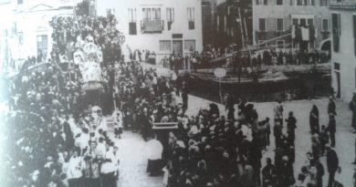 Una vecchia processione della Madonna del Rosario