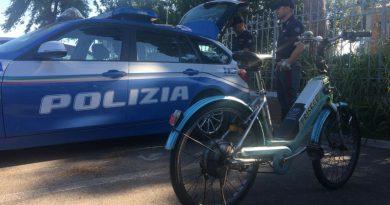 Bici elettriche truccate, sequestro e multe da 6 mila euro