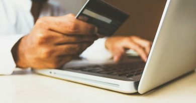 Da Paypal ai sistemi contactless, pagare con lo smartphone è sempre più sicuro