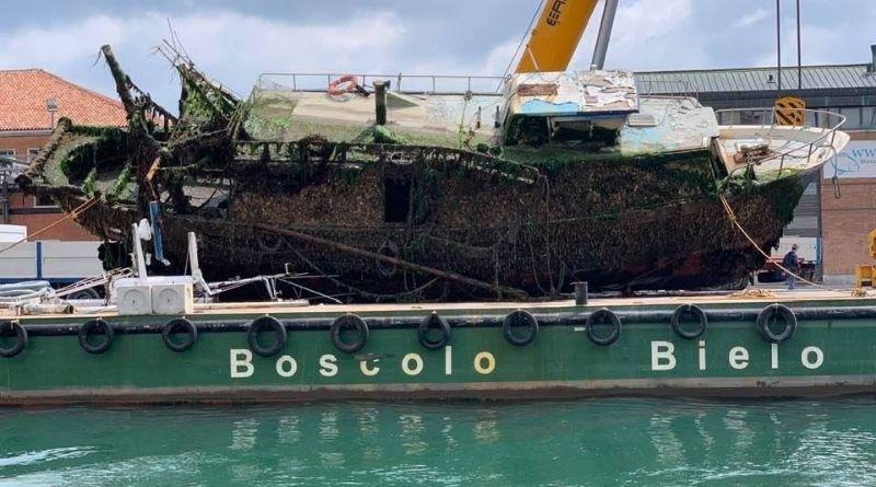 """""""Adelinda"""" rimosso, canale San Domenico finalmente libero"""