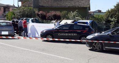 Cadavere carbonizzato scoperto in strada a Brondolo