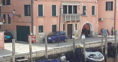 Nuovo parcheggio (gratis) in Riva Vena